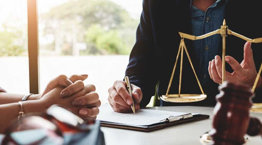 5 - Are You Looking for a Family Lawyer?